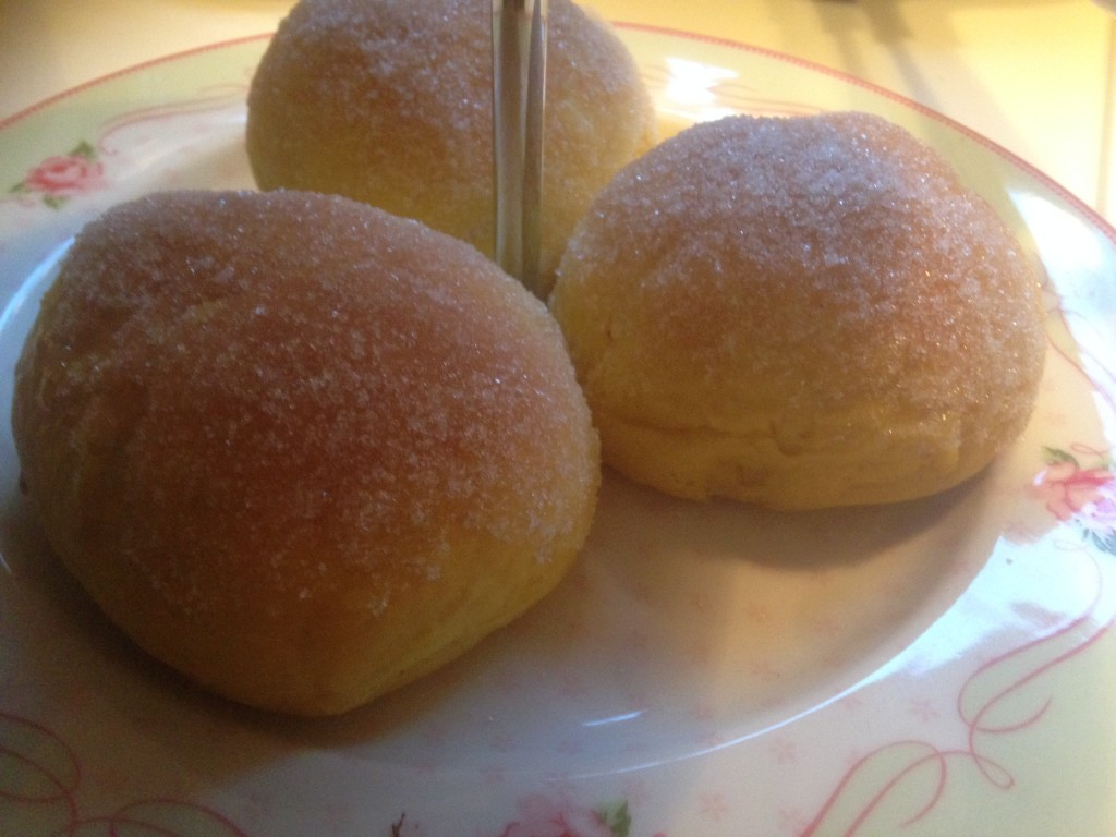 Sockersaffransbullar