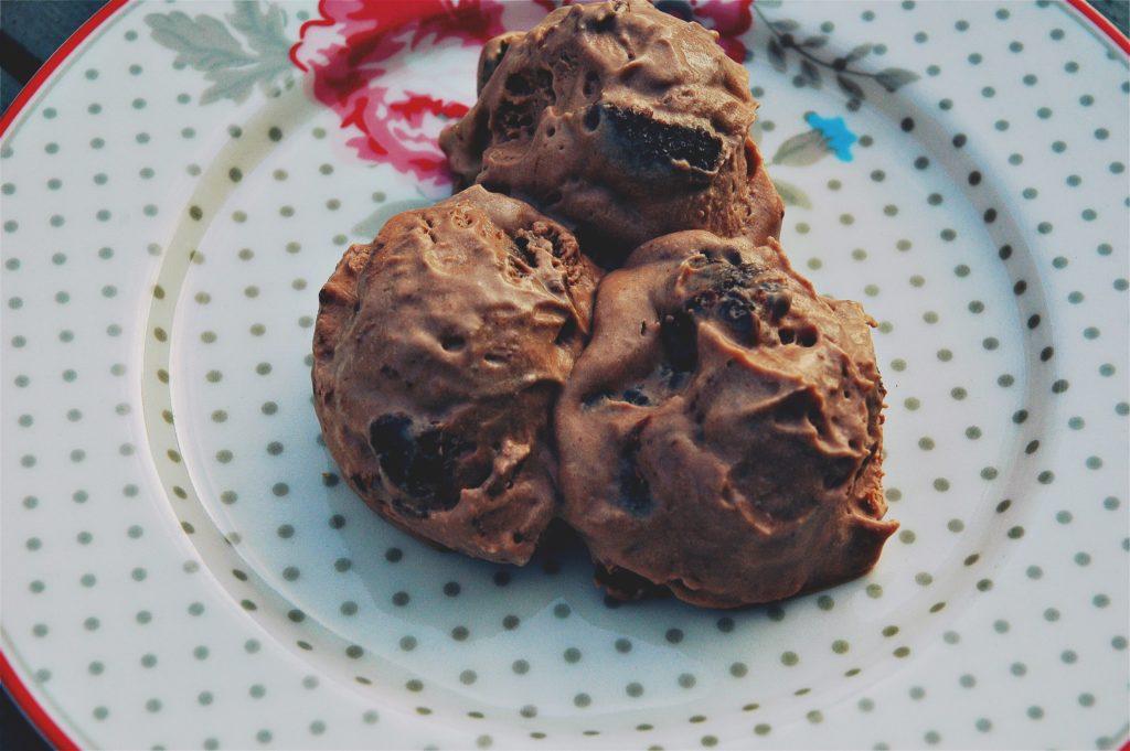 Chokladglass med kladdkaka